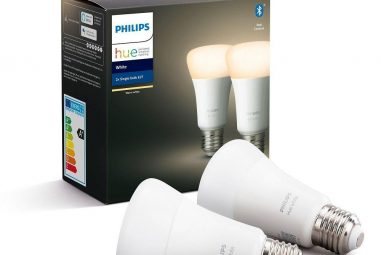 You can now get a set of two Philips Hue light bulbs on Alza for less than CZK 700